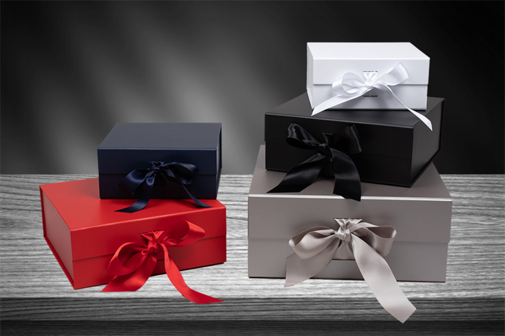 Ribbon Tied Magnetic Gift Boxes